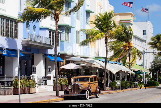 An Old Buick Car on Ocean Drive, South Beach, Miami Beach, USA - Stock Image