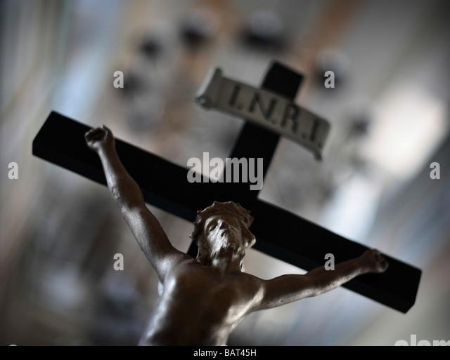 A CRUCIFIX IN THE CHURCH OF BUECHELOH - Stock-Bilder