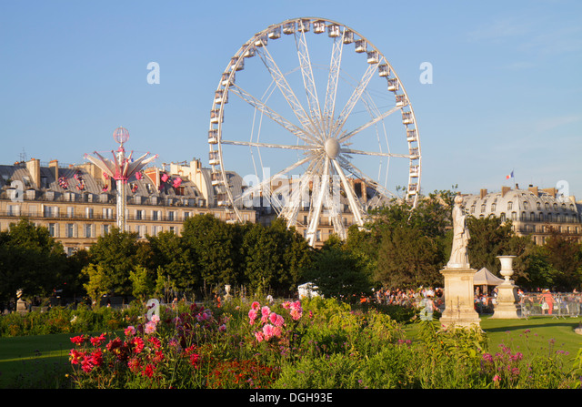 Paris France Europe French 8th arrondissement Tuileries Garden Jardin des Tuileries park Ferris wheel La Grande - Stock Image