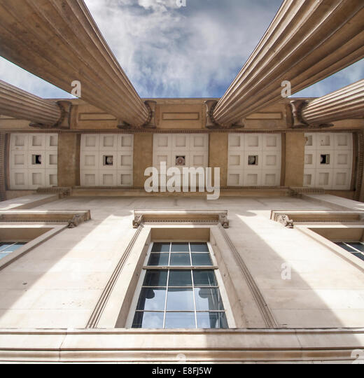 UK, England, London, Low angle view of British Museum - Stock Image