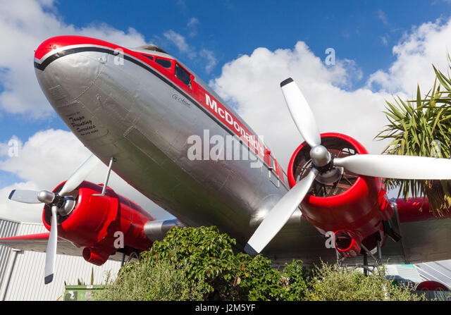 New Zealand, North Island, Taupo, DC-3 airliner, now a McDonalds Restaurant - Stock Image