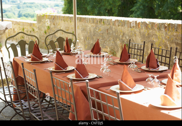 Table settings outdoors - Stock Image