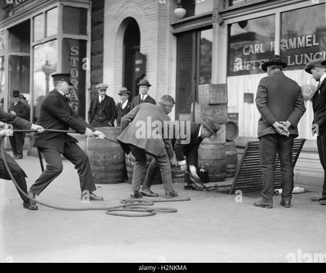 Liquor Raid, Washington DC, USA, National Photo Company, April 1923 - Stock Image