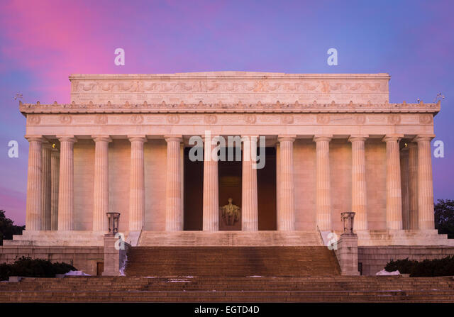 The Lincoln Memorial is an American memorial built to honor the 16th President of the United States, Abraham Lincoln. - Stock Image