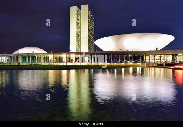Brazil, Brasilia: National Congress by night - Stock Image