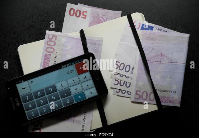 3000 euros on 500 euros six times money EEC, CEE € - Stock Image