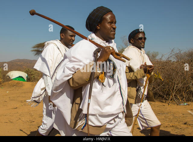 Kura Jarso the 71st Borana Oromo Abba gadaa and his councilors, Oromia, Yabelo, Ethiopia - Stock-Bilder