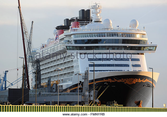 What Is The Largest Disney Cruise Ship | Fitbudha.com