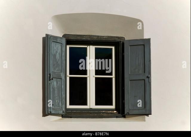 fensterrahmen stock photos fensterrahmen stock images alamy. Black Bedroom Furniture Sets. Home Design Ideas