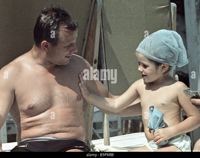 Cosmonaut Yury Gagarin left with his daughter Galya right vacationing in Crimea - Stock Image