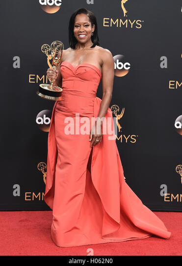 LOS ANGELES, CA - SEPTEMBER 18:  Regina King in the press room at the 68th Emmy Awards at the Microsoft Theater - Stock-Bilder