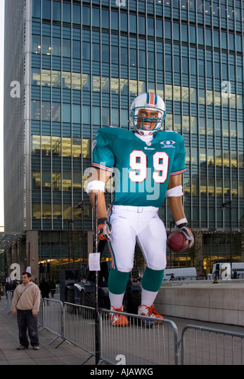 American Football Canary Wharf London - Stock Image