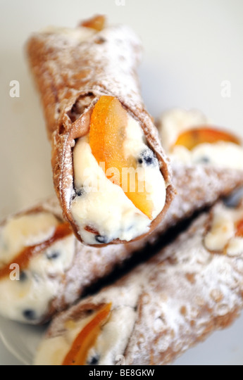 Sicilian cannoli pastries - Stock Image