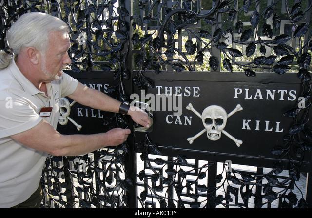 UK, England, Alnwick, The Alnwick Garden, The Poison Garden, gate, guide, plants kill, - Stock Image