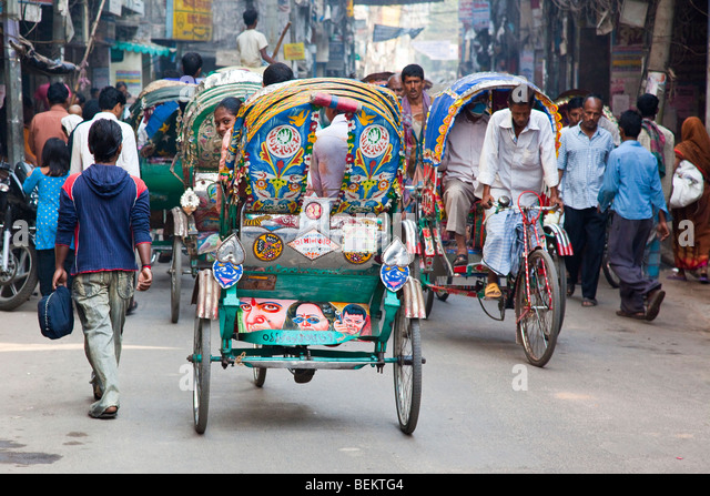 bangladesh street scene stock photos bangladesh street scene stock images alamy. Black Bedroom Furniture Sets. Home Design Ideas