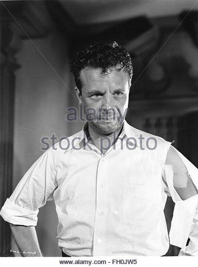 MURDER MY SWEET (1944) - DICK POWELL. Courtesy Granamour Weems Collection. Editorial use only. Licensee must obtain - Stock Image