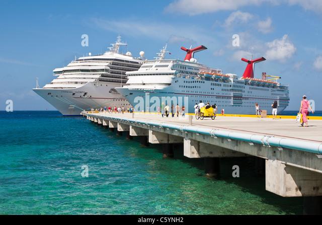 Carnival Cruise Ship Triumph Stock Photos Amp Carnival