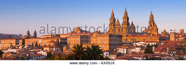 Panoramic view of the cathedral, Santiago De Compostela, Galicia, North West Spain. - Stock-Bilder