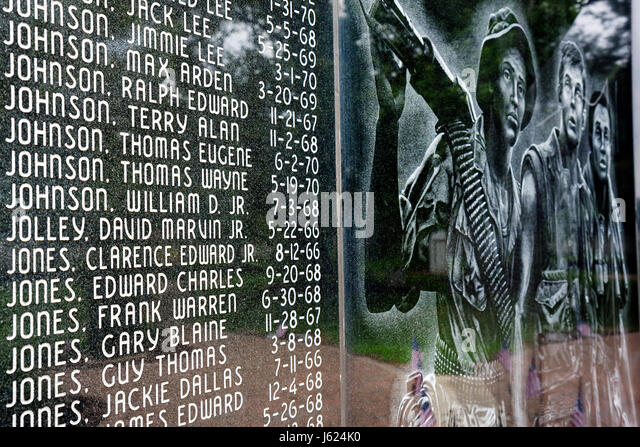 Indiana Chesterton War Memorial monument patriotism remembrance military honor heroe names veterans death 1960s - Stock Image