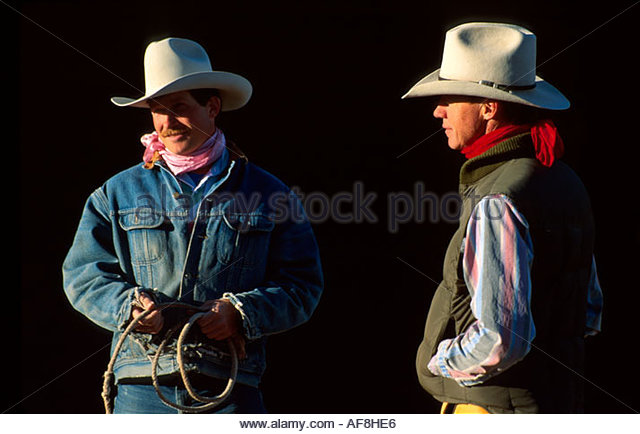 Arizona Sonora Desert Wickenburg Rancho de Los Caballeros Resort wranglers ready for trail ride - Stock Image