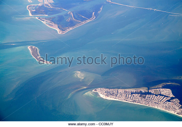Tampa Florida Bay Sunshine Skyway Bridge Anna Maria Island Gulf of Mexico aerial American Airlines Miami to New - Stock Image