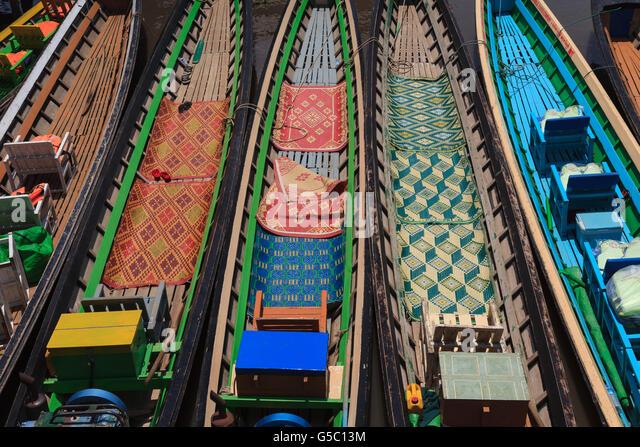 Colourful teakwood boats, Lake Inle, Myanmar - Stock-Bilder