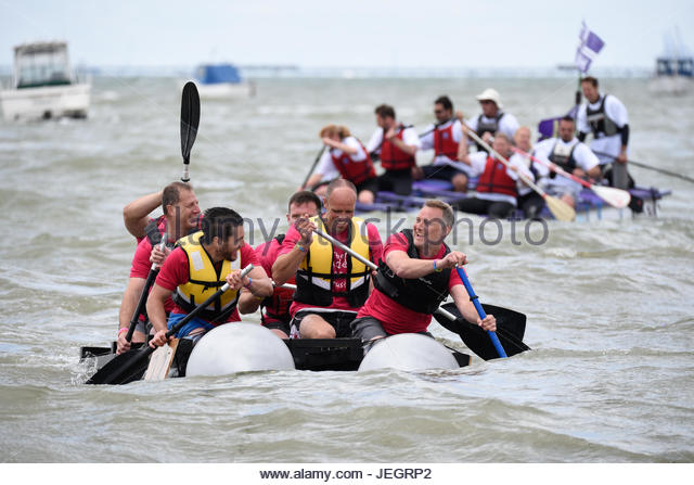 Southend on Sea, Essex, UK. 25th June, 2017. Last run in the 1990s, the Raft Race returned for 2017. Various amateur - Stock Image