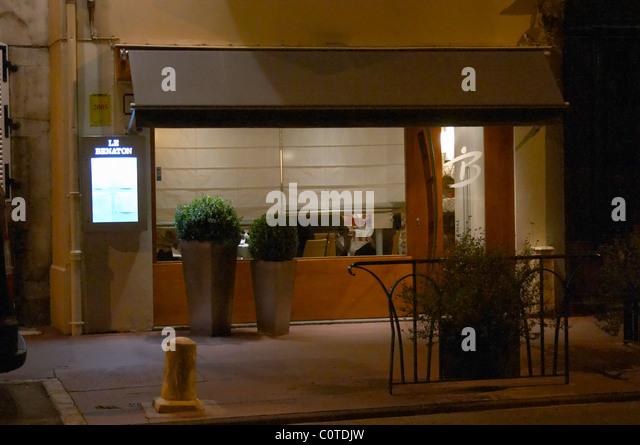 le benaton restaurant beaune cote de beaune burgundy france - Stock Image