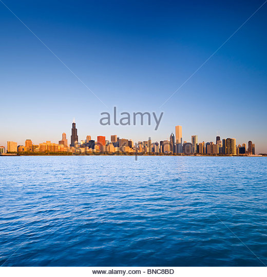 The Chicago skyline at sunrise, from Lake Michigan, Chicago, Illinois, USA. - Stock Image