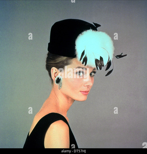 AUDREY HEPBURN BREAKFAST AT TIFFANY'S (1961) - Stock-Bilder