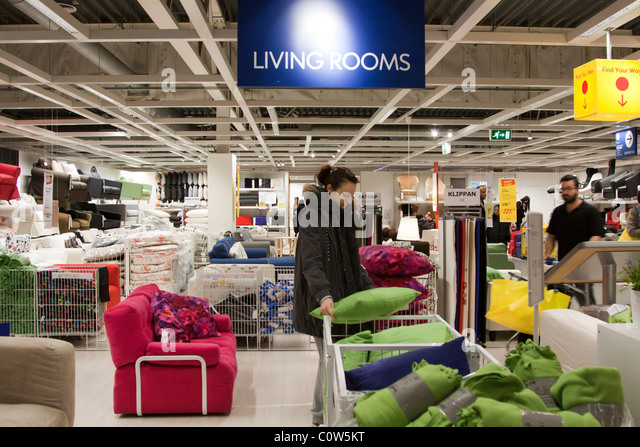Ikea shoppers stock photos ikea shoppers stock images for Ikea shops london