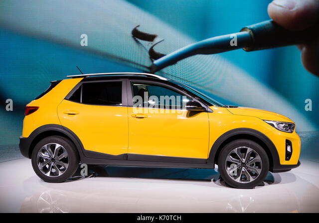 Compact Suv Stock Photos Amp Compact Suv Stock Images Alamy