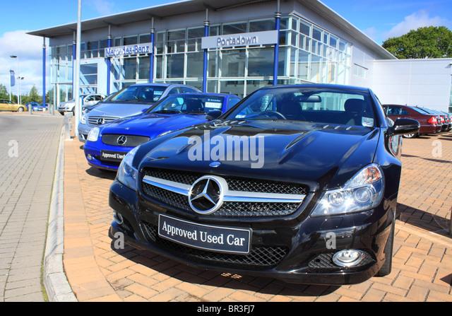 Mercedes benz car dealership stock photos mercedes benz for Mercedes benz of annapolis used cars
