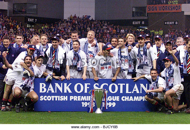 1998 1999 landscape football celebration stock photos for Spl table 1998 99