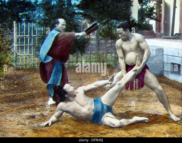 Japan - wrestling early 1900s - Stock Image