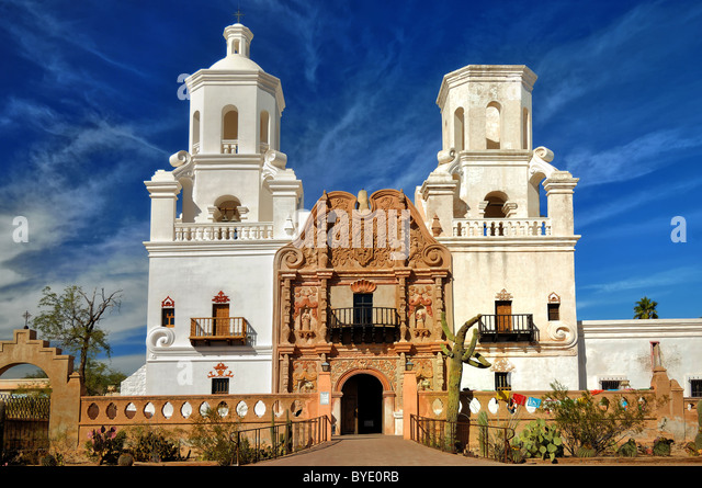 San Xavier del Bac is a Spanish Catholic Mission located about ten mile south ofTucson, Arizona, USA. - Stock-Bilder
