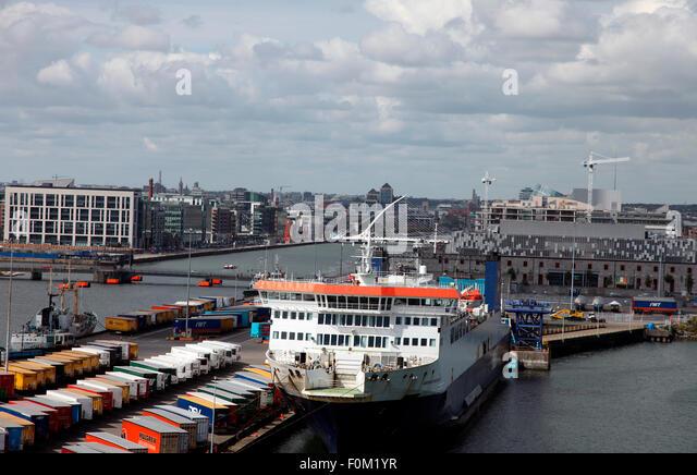 European Endeavour, P & O Ro/Ro ferry crossing the Irish Sea - Stock Image