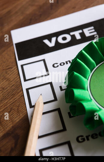 Green Political Rossette On Ballot Paper For Election - Stock Image