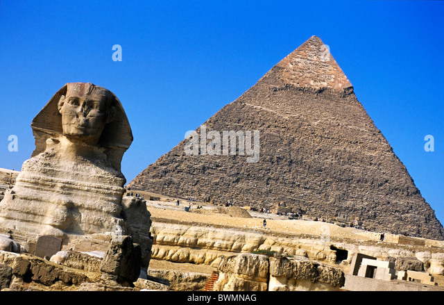 Sphinx with the Khephren Pyramid in the background, Giza, Egypt. - Stock Image