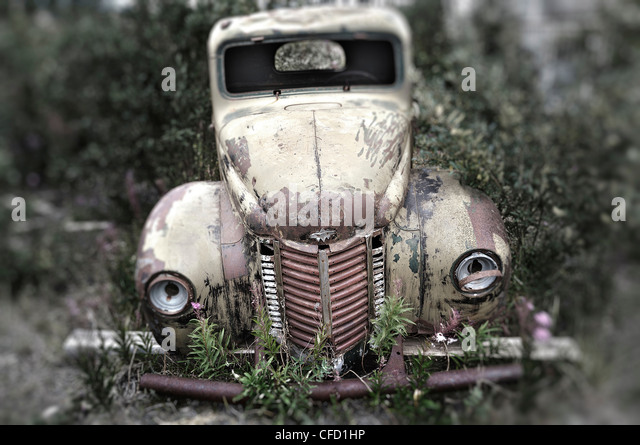 Old abandoned International truck in Destruction Bay, Yukon Territory, Canada - Stock Image