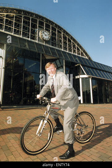Manchester United manager Alex Ferguson pictured on a mountain bike after opening the new National Ski Sport and - Stock Image