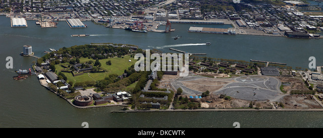 aerial photograph Governors Island, Manhattan, New York City - Stock Image