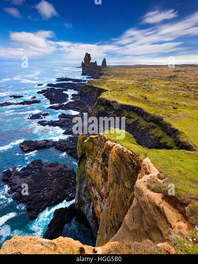Summer day on Snafellsnes peninsula, Colorful seascape on Atlantic ocean, situated to the west of Borgarfjordur, - Stock Image