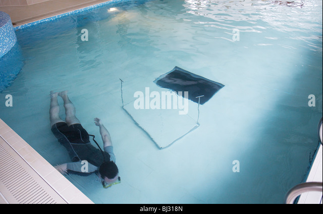 Swimmer Wetsuit Pool Stock Photos Swimmer Wetsuit Pool Stock Images Alamy
