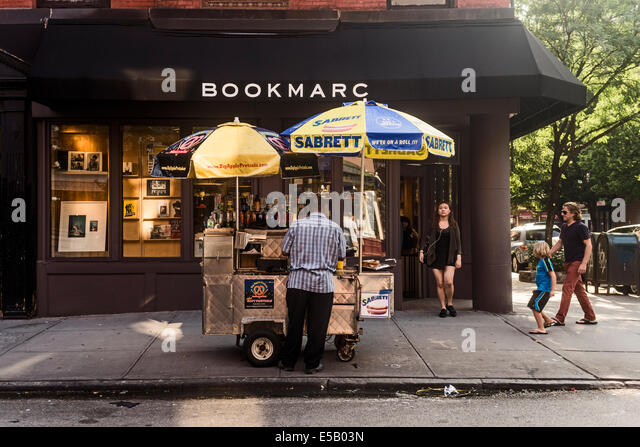 New York, NY - 25 July 2014 - Marc Jacobs Bookstore on Bleecker Street - Stock-Bilder