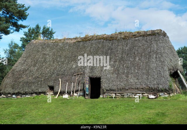 Traditional croft house at the Highland Folk Museum in Newtonmore, Scotland - Stock Image