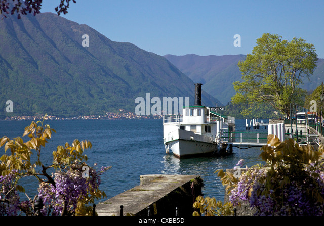 Lakeside view in spring, Lake Como, Italian Lakes, Northern Italy, Europe - Stock Image