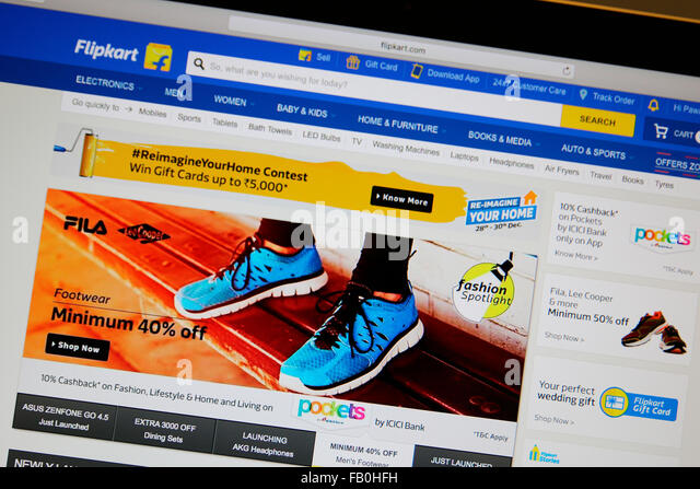 India Shop Phone Stock Photos & India Shop Phone Stock ...