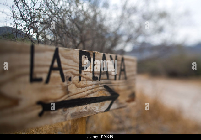 A sign that reads 'the beach' in spanish in Loreto, Baja California Sur, Mexico. - Stock Image