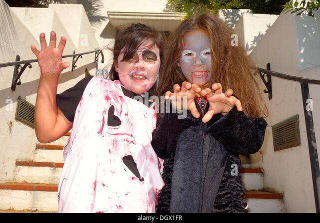 Zombie's April and Naomi from Guadalupe, California. - Stock Image